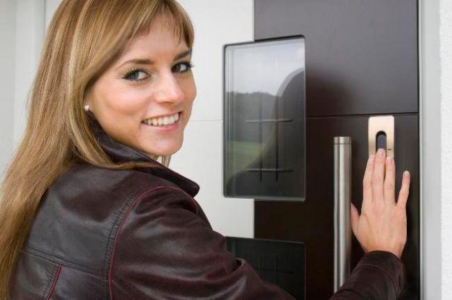 Vhodna vrata e-key PST SCHÜCO